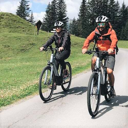 Mountainbike im Berghof in Lech